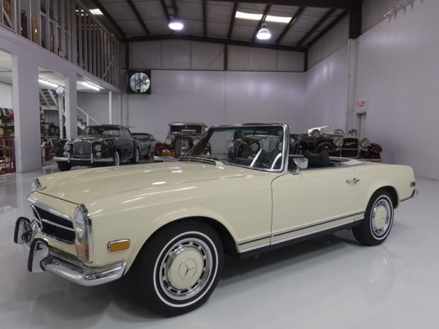 1971 Mercedes-Benz 200-Series 280SL Roadster, Only 17,300miles! Stunning!!