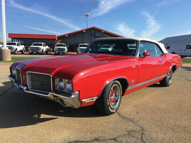 1971 Oldsmobile Cutlass Base