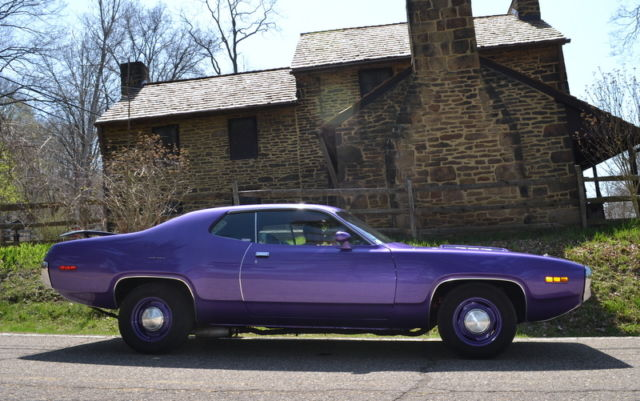 1971 plymouth road runner 383 4 speed mopar vintage classic muscle car for sale photos. Black Bedroom Furniture Sets. Home Design Ideas