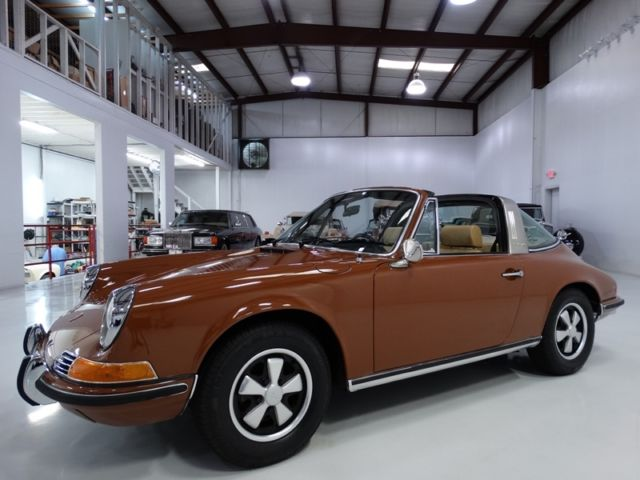 1971 Porsche 911 2-OWNER'S FROM NEW! ONLY 34,638 ACTUAL MILES!