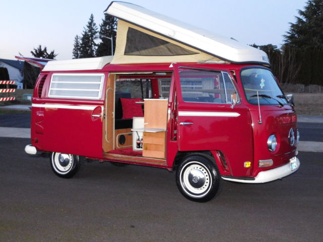 1971 Volkswagon Bus Westfalia Pop Top Camper Van