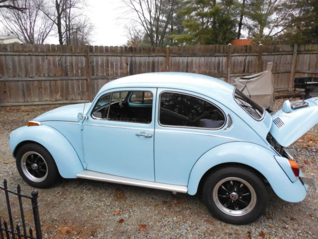 1971 Vw Beetle In Marina Blue