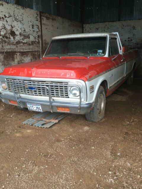 1972 Red Chevrolet C-10 Standard Cab Pickup with Brown interior