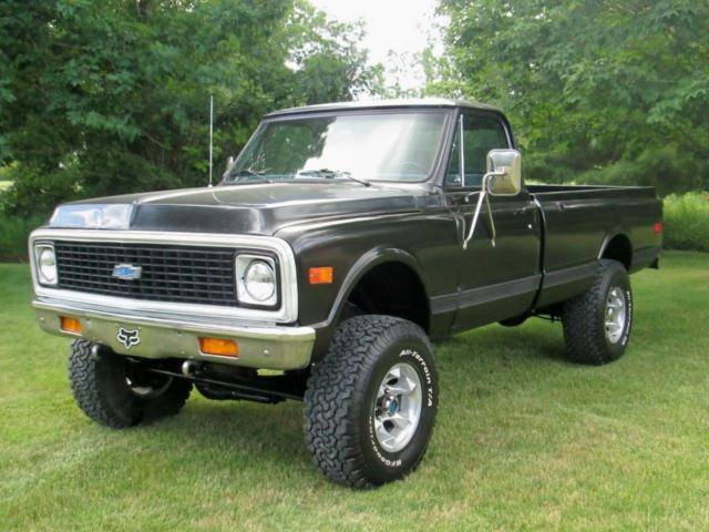 1972 Black Chevrolet C/K Pickup 2500 Cab & Chassis with Light blue interior