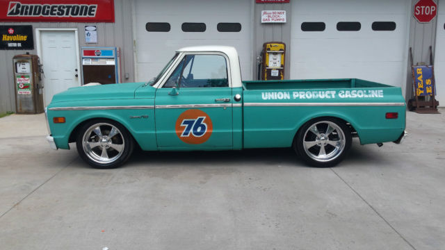 1972 Chevrolet C10 Resto Mod Pickup additionally 8997 1972 nova ss as well 124539 1980 Chevy C10 Custom Truck With Fenway Park Airbrushed On Tailgate furthermore 8394 1972 Chevrolet C10 Ls 53 Motor Swap 700r4 Lowered Patina Shop Truck furthermore 108683 My 1970 C10 Build Picture Overload. on 1972 chevy c10 interior