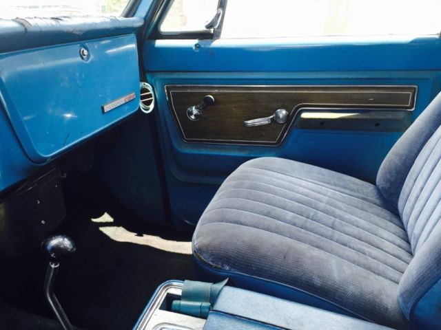 1972 Medium Blue Chevrolet Blazer K5 SUV with Medium Blue interior