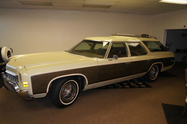 1972 Chevrolet Caprice Kingswood Estate Wagon