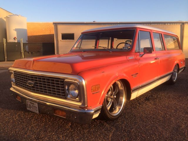 1972 Chevrolet Suburban three door c10 air ride