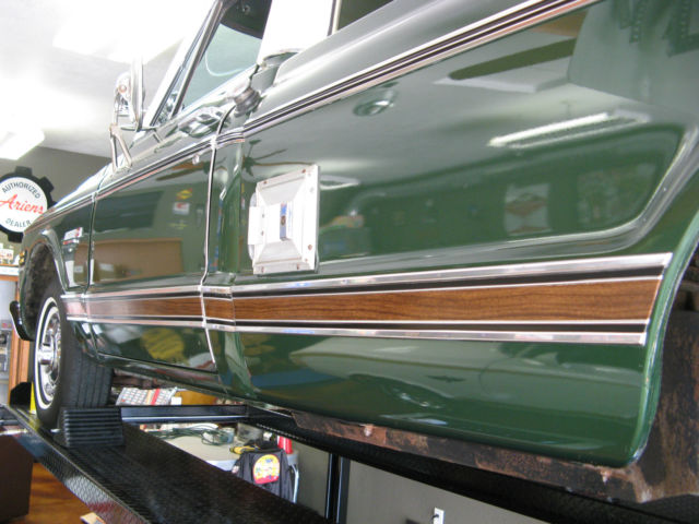 1972 Green and White Chevrolet Cheyenne Pickup Truck with Green Houndstooth interior