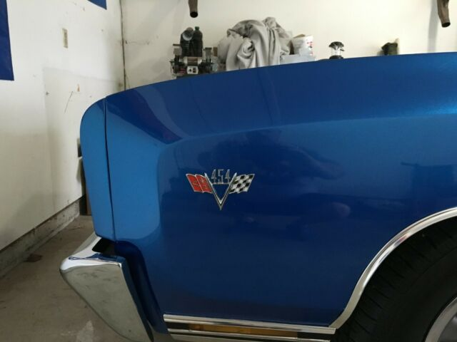 1972 Blue Chevrolet Monte Carlo 2 Door HT with Black interior