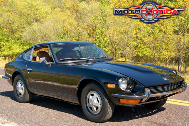 ESSENTIAL DATSUN Z 240Z TO 280ZX CARS AND THEIR STORY 1969-83 By Colin UsedGood