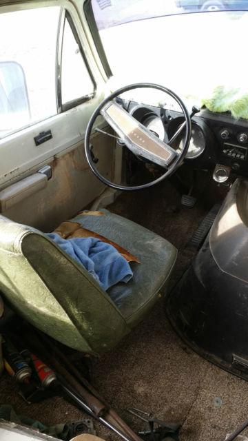 1972 Dodge Chinook B300 for sale: photos, technical
