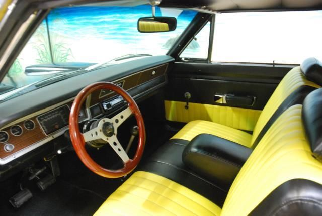 1972 Dodge Dart Coupe with Yellow interior