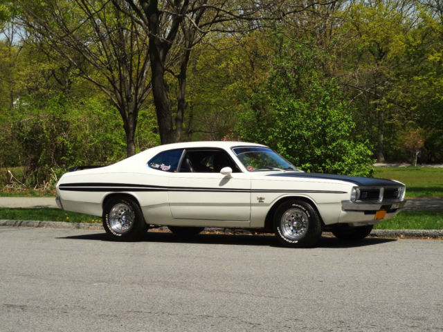 1972 Dodge Dart Demon