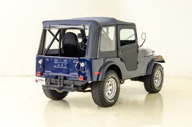 1972 Blue Jeep CJ Jeep with Blue interior