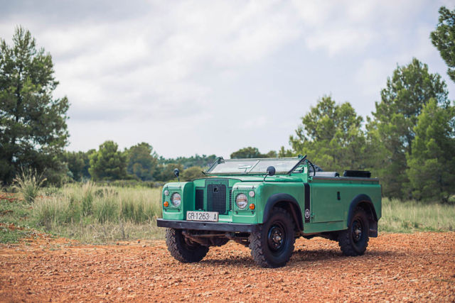 1972 Land Rover Defender Santana 88