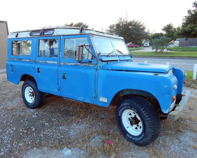 1972 Land Rover Defender 109 Station Wagon