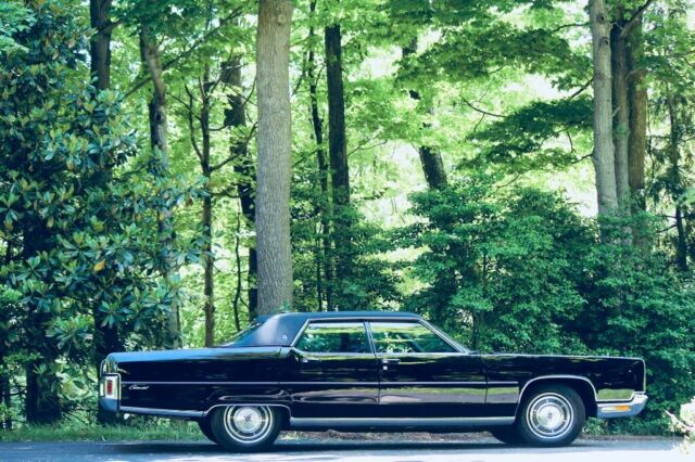 1972 Black Lincoln Continental with Blue interior