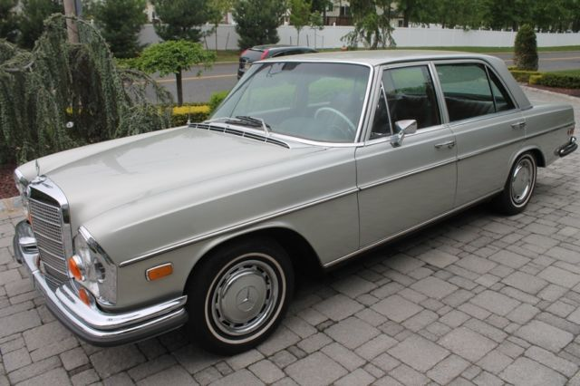 1972 Mercedes-Benz 200-Series 280SEL 4.5