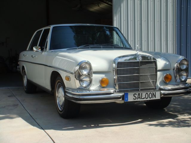 1972 Mercedes-Benz 200-Series 280SE