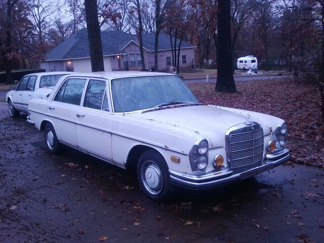 1972 Mercedes-Benz 200-Series