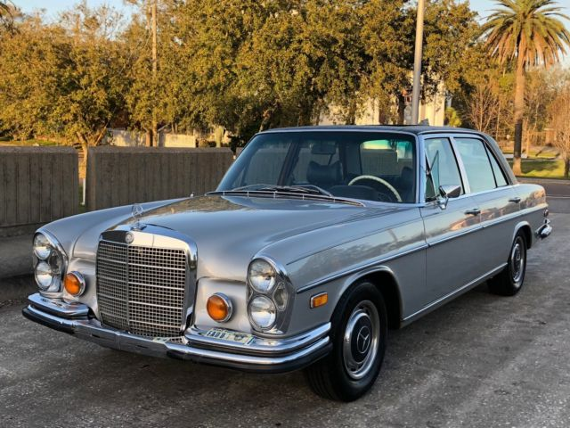 1972 Mercedes-Benz 300-Series W109 in 735 w. Blue leather int. and SUNROOF *