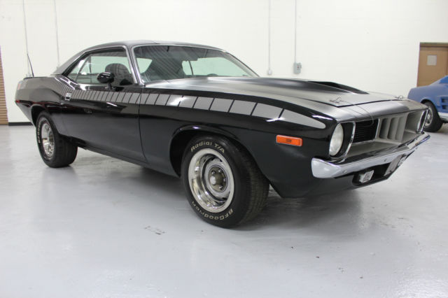 1972 Plymouth Barracuda AAR Clone 340 6 Pack 4 Speed Disc Headers Console