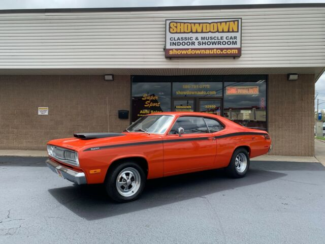 1972 Plymouth Duster BLACK