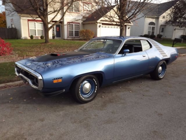 1972 Plymouth Road Runner Roadrunner