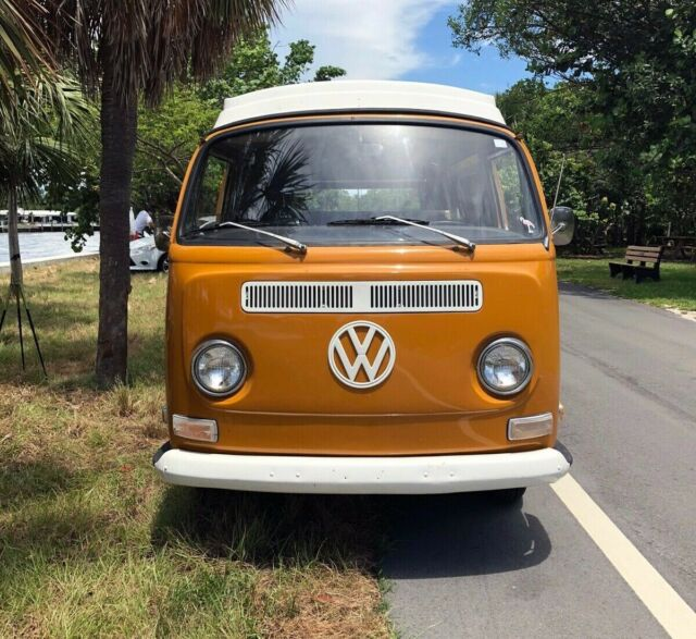 1972 Orange Volkswagen Bus/Vanagon Van Camper