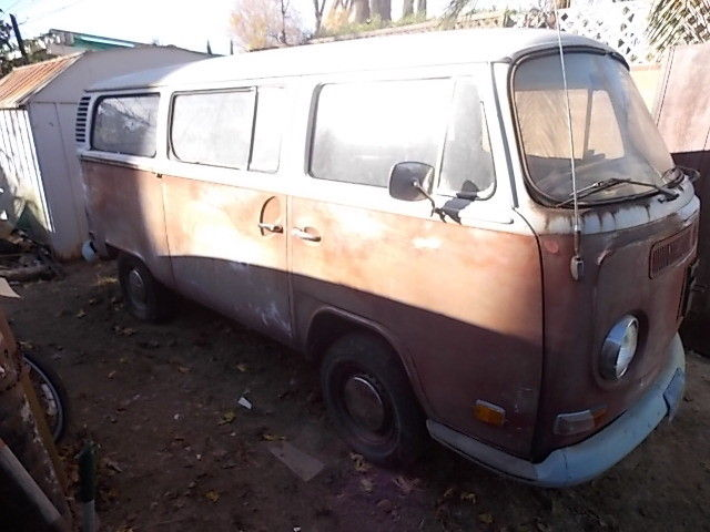 1972 Volkswagen Bus/Vanagon Full Window