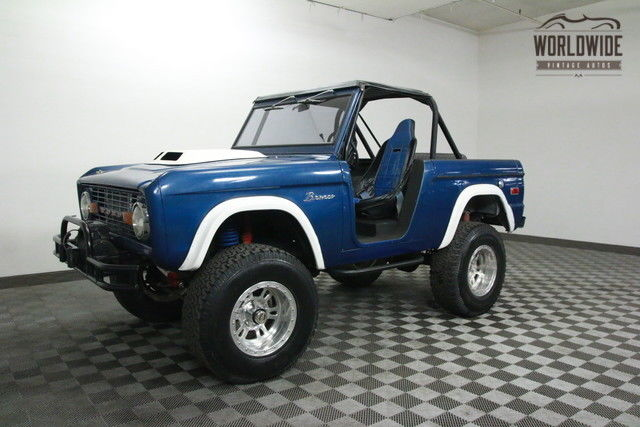 1973 Ford Bronco V8 AUTO LIFTED ROLL BAR!
