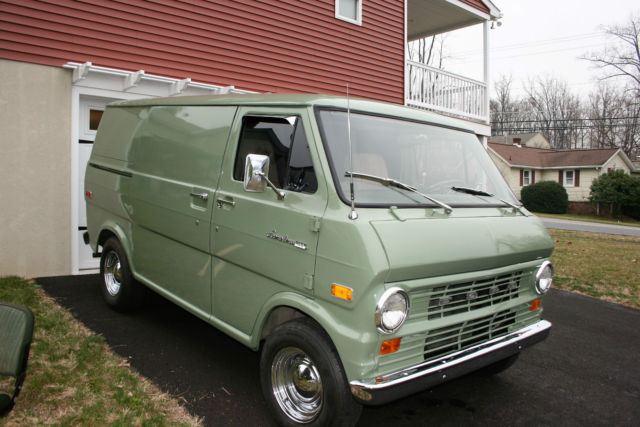 1973 Ford E-Series Van