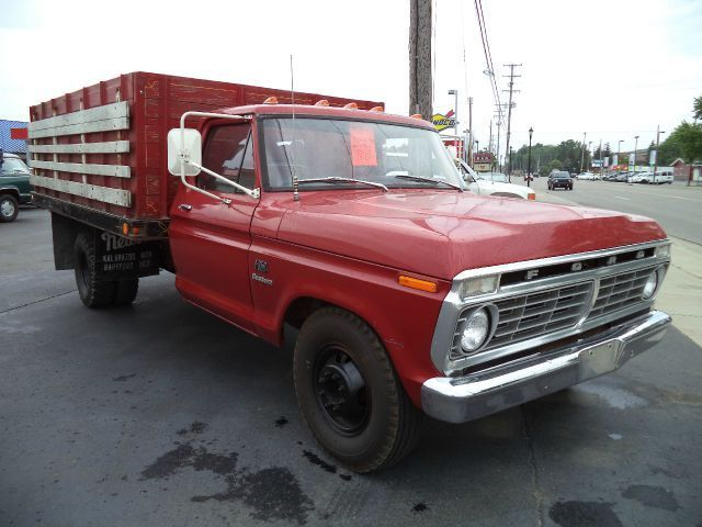 1973 Ford F-350 Stake Truck
