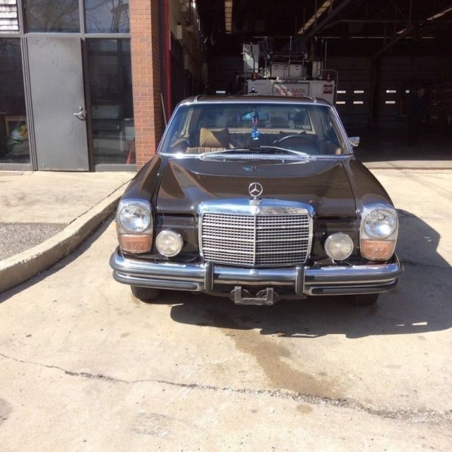 1973 Mercedes-Benz 200-Series 280c
