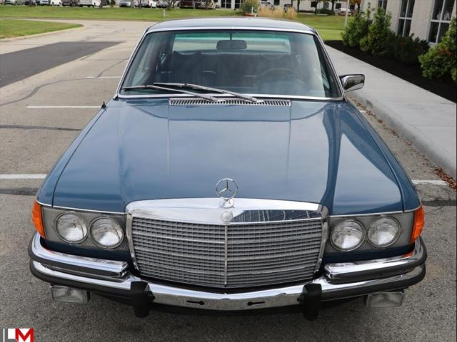 1973 Mercedes Benz 400 Series Automatic 2 Door Sedan For