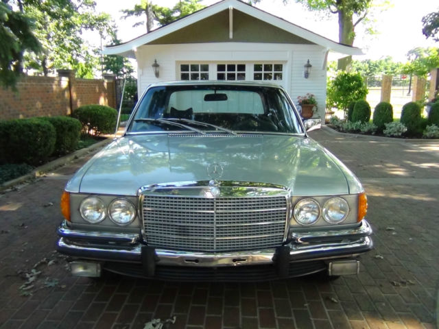 1973 Mercedes-Benz 400-Series 450SE