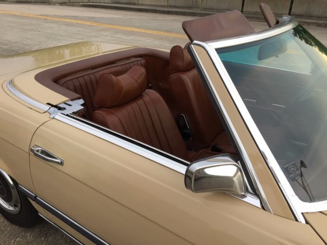 1973 Mercedes-Benz SL-Class Two-tone: 430/423 w. 263 Tobacco LEATHER !