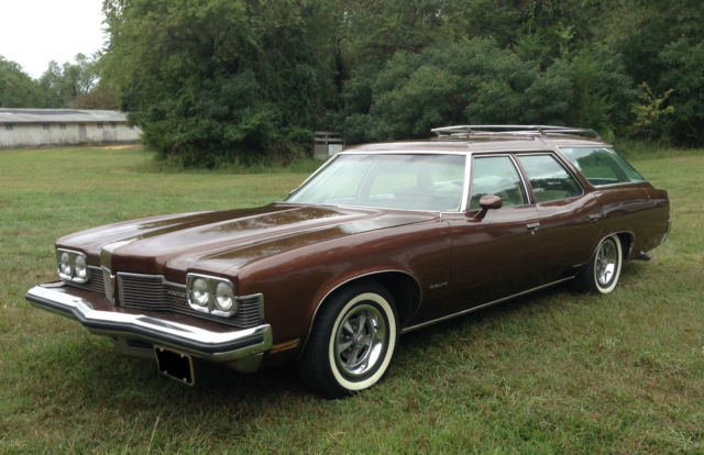 1973 Pontiac Catalina Safari 3-seat wagon