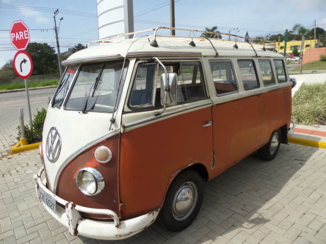 1973 Volkswagen Bus/Vanagon Split Windows