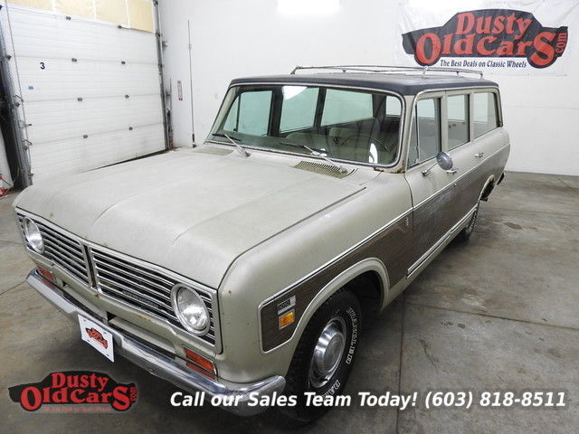 1973 International Harvester Travelall 10-10 VGood Needs Minor Work