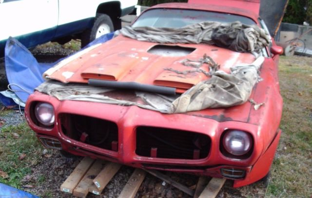 1973 Buccaneer Red Pontiac Trans Am firebird Coupe with White interior