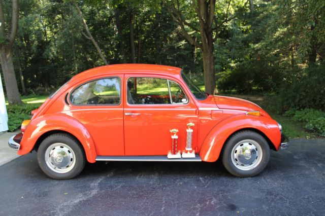 1973 Volkswagen Beetle - Classic Automatic / Stick Shift