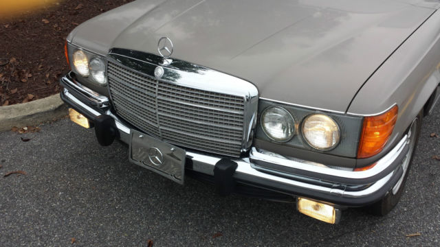 1973 Mercedes-Benz 400-Series 450 SE