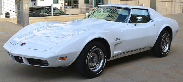 1974 Chevrolet Corvette L48 V8 Coupe