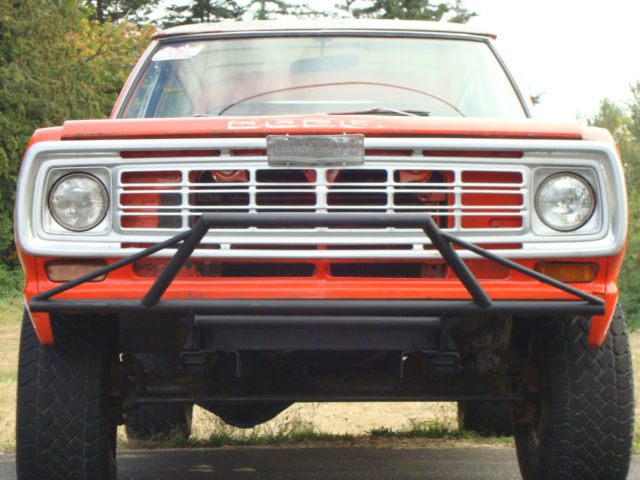 1974 Dodge Ramcharger Fully removeable hard top