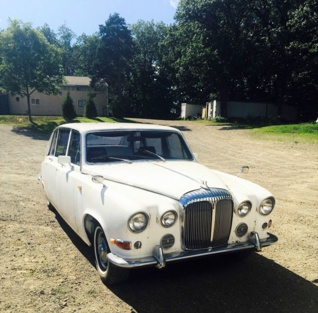 1974 Jaguar Daimler DS420