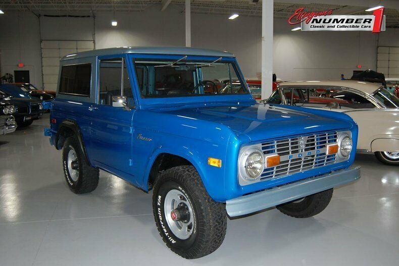 1974 Ford Bronco 4 x 4