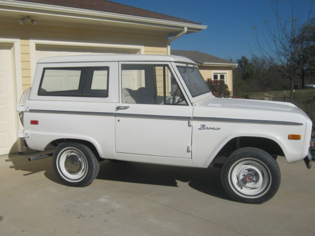 1974 Ford Bronco Base Sport Utility 2-Door