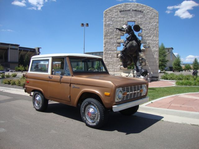 1974 Ford Bronco Base
